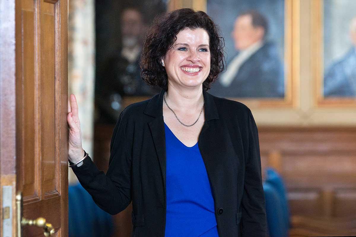 mr. Eileen Jonker-Hofman